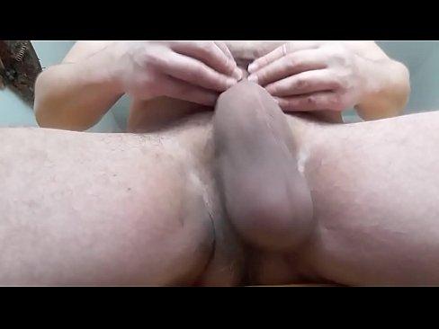 oldman & xnxx daddy bulge