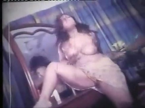 Black babe with cup tits gets machine