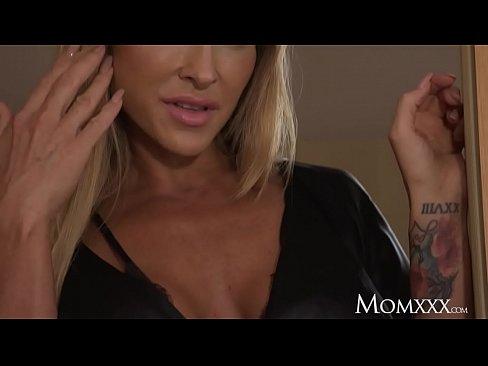 Horny Boy Fuck His Step Mom