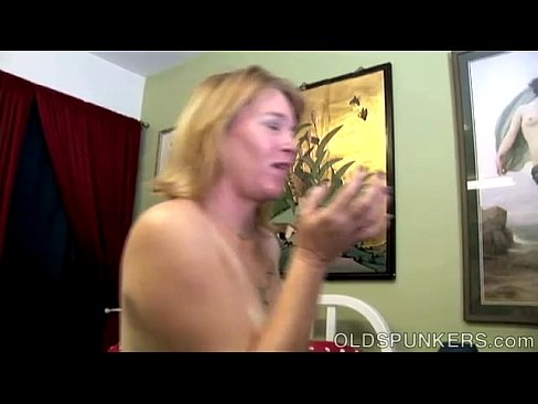 hot horny milf sex fuck my squirting pussy