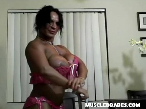 Big Tit Muscle Lady Plays Solo