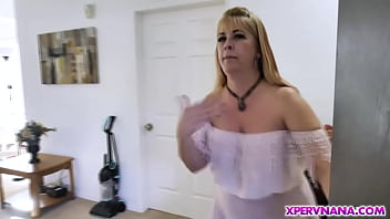Widowed cougar Joclyn Stone invites the young stud to fix her pipe and even she cleans his own pipe